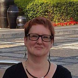 Els De Smedt - English to Flemish translator