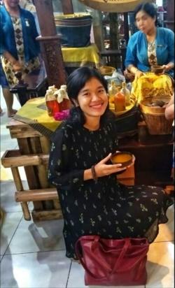 Maria Yovita Liem - indonezyjski > angielski translator