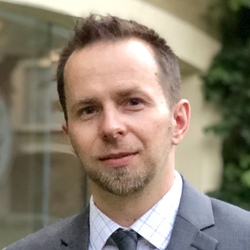 Jacek Lip - angielski > polski translator