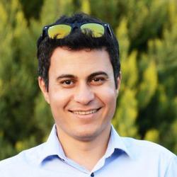 Cyrus Amirabadi - Farsi (Persian) to English translator