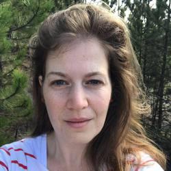 Katalin Foldes - English a Hungarian translator