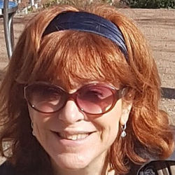 Karin PY - English to French translator