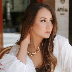 Gulnaz Khayrieva - angielski > rosyjski translator