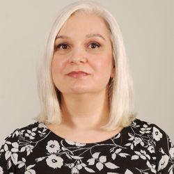 Irena Ivanova - francuski > bułgarski translator