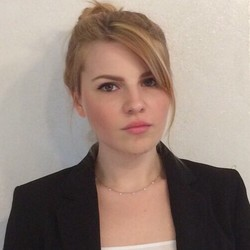 Bianca Jugureanu - inglés a italiano translator