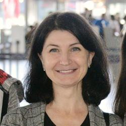 Elena Itozawa - angielski > rosyjski translator