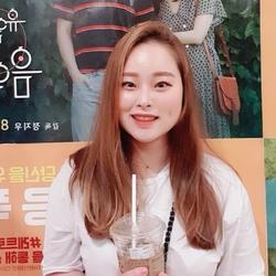 Vivian Lee - angielski > koreański translator