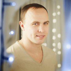 Dmytro Diachkov - inglés a ruso translator