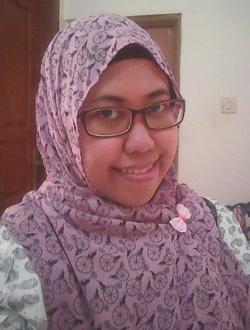 Nur Cahyani - inglés a indonesio translator