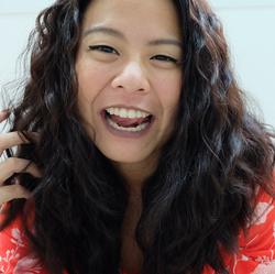 Pinnyada Tanitnon - tailandés al inglés translator