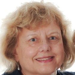 Helena Flack - checo a inglés translator