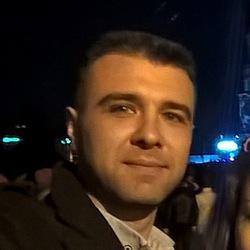 Ihor Kyryliuk - inglés a ucraniano translator
