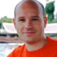 Furio Piccinini - angielski > włoski translator