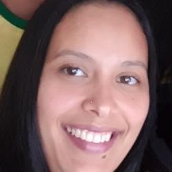 Ana Claudia Costa Santos - English to Portuguese translator