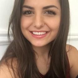 Nicole Frea - angielski > włoski translator