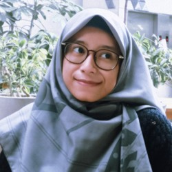 Zahrotun Nafisah - inglés a indonesio translator