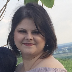 Ruxandra Nicolae - English to Romanian translator