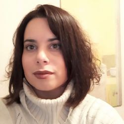 Penny Skanavi - inglés a griego translator