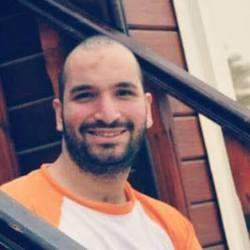 Mustafa Bassiouny - inglés a árabe translator